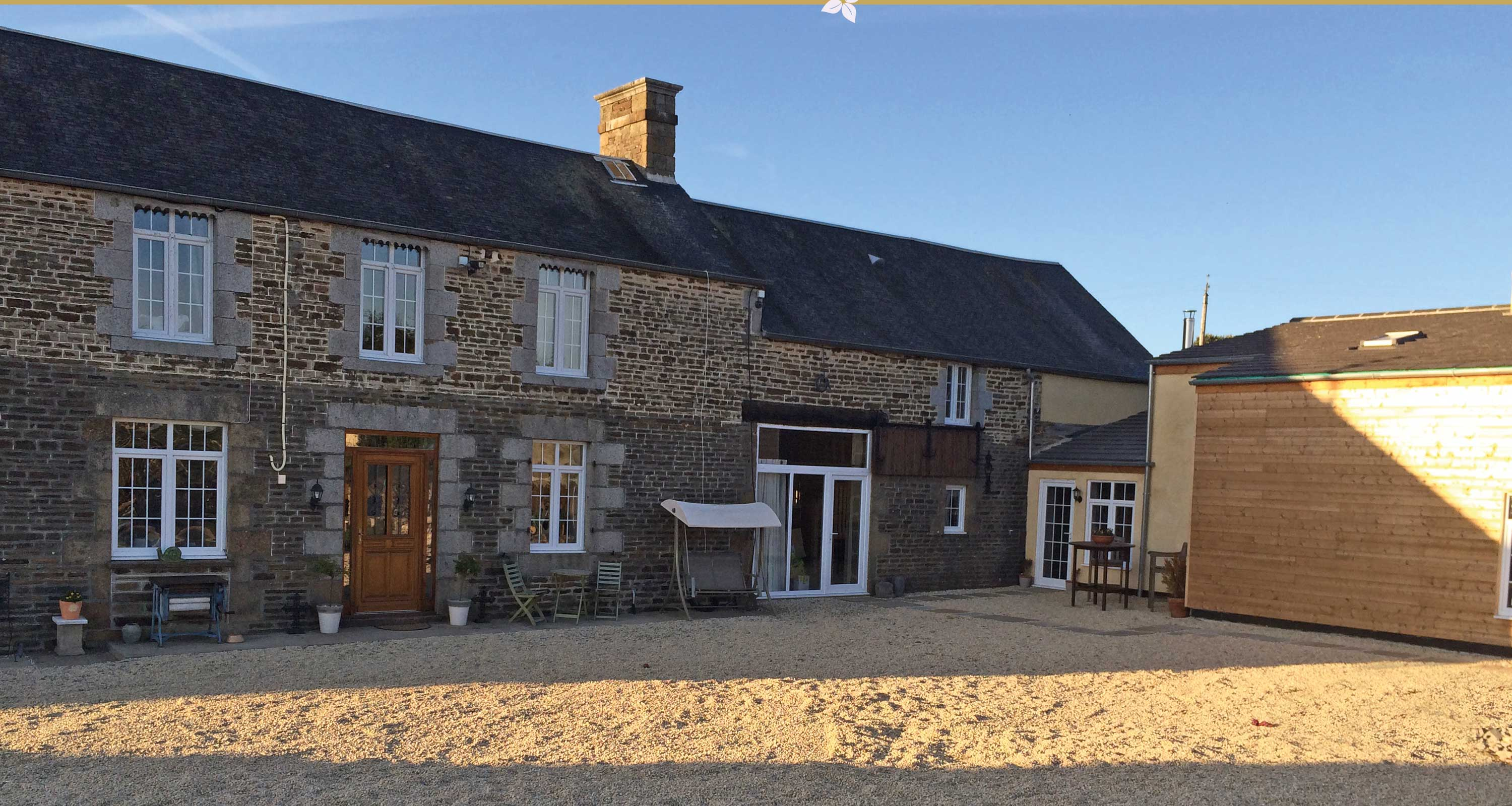 2 and 3 bedroom holiday cottages in Normandy France